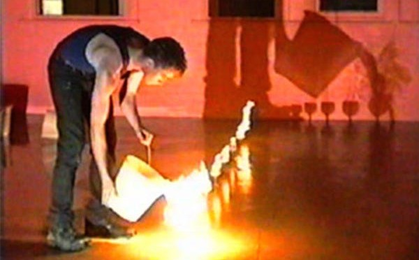 Jeremy Hynes, Milking the Elite (documentation of performance, IMA, 1992). Courtesy of Jeremy Hynes Estate.